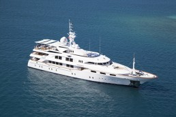 5  Yacht Charter for the Ultimate Luxury Escape