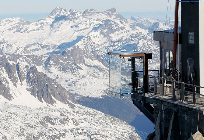 "Aiguille du Midi - Why you Must ""Step Into the Void"""