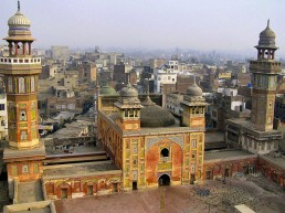 Lahore - Lively Mix of Old and New India