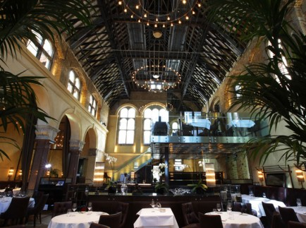 Galvin-La-Chapelle-Pure-Passion-and-the-Perfect-Mise-en-Scene