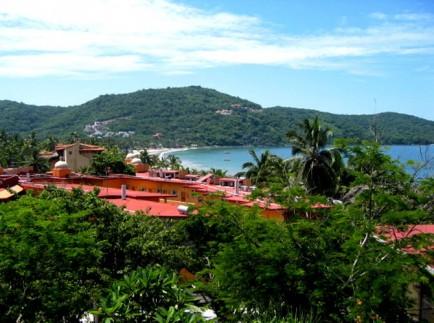Mexican-Seaside-Charm-in-Zihuatanejo