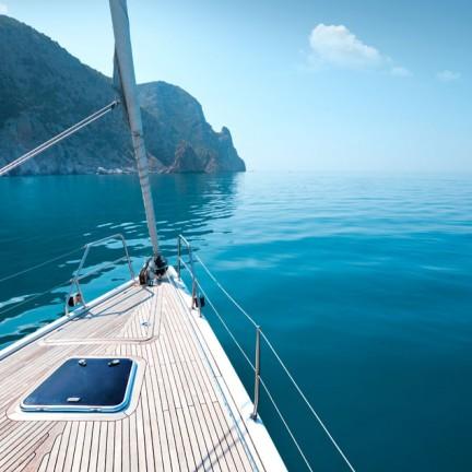 Hottest-Summer-Destinations-for-a-Superyacht