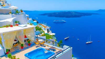 The Greek Islands: Top Weekend Getaways