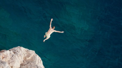 Cliff Diving Boracay: White Sands in Philippines