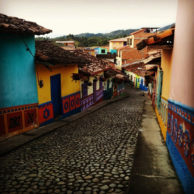 So pretty! I think every town/city in the world should be given to local #artists for beautification. This is #guatape in #colombia.  A must on your #bucketlist. #art #streetart #streetarteverywhere