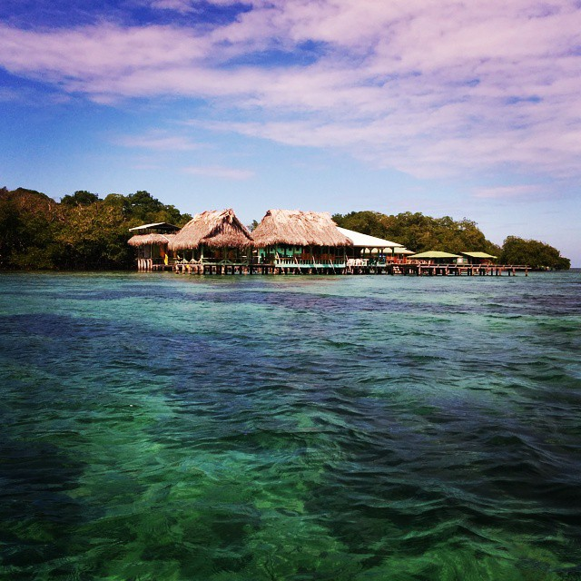 Dreaming of #bocasdeltoro, one of my favorite place in the world. Living on water is totally my style.  #panama #roadtrip #water #luxurytravel #travelling #travelbug