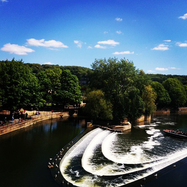 A day in #Bath is a beautiful day.  #travelblogger #traveling #uk #river #luxurytravel #daytrip