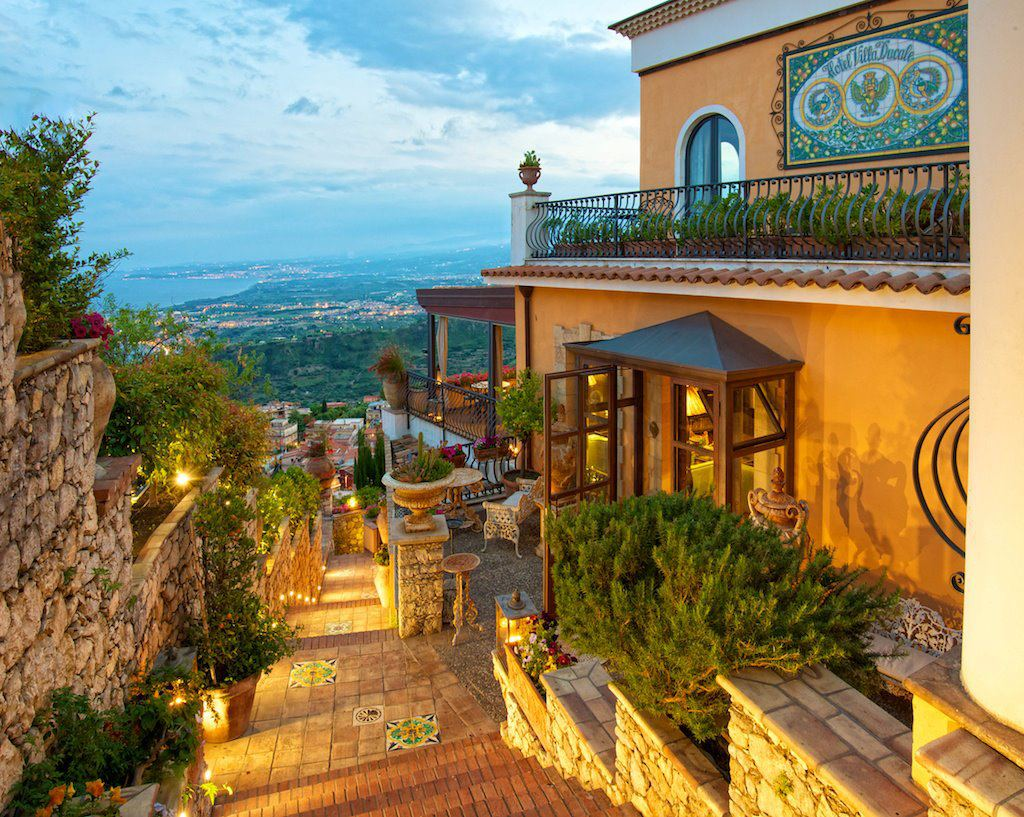 Dreaming of Sicily in Villa Ducale - LuxeInACity
